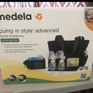 Medela pump in style on the go tote